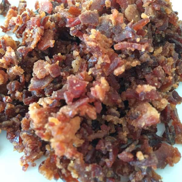 Zerkleinerter kandierter Bacon