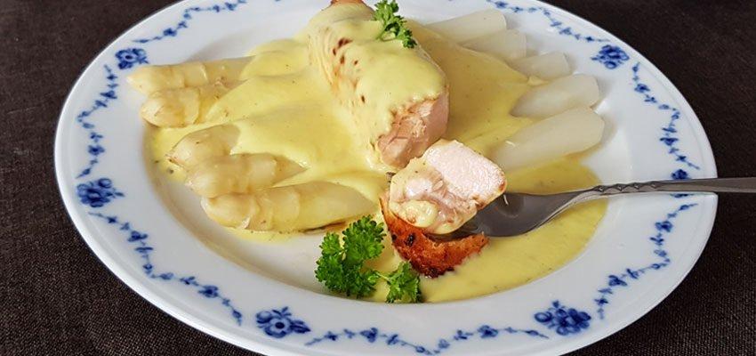 Falsche-Sauce-Hollandaise-low-carb-Mehlschwitze-Käsesauce
