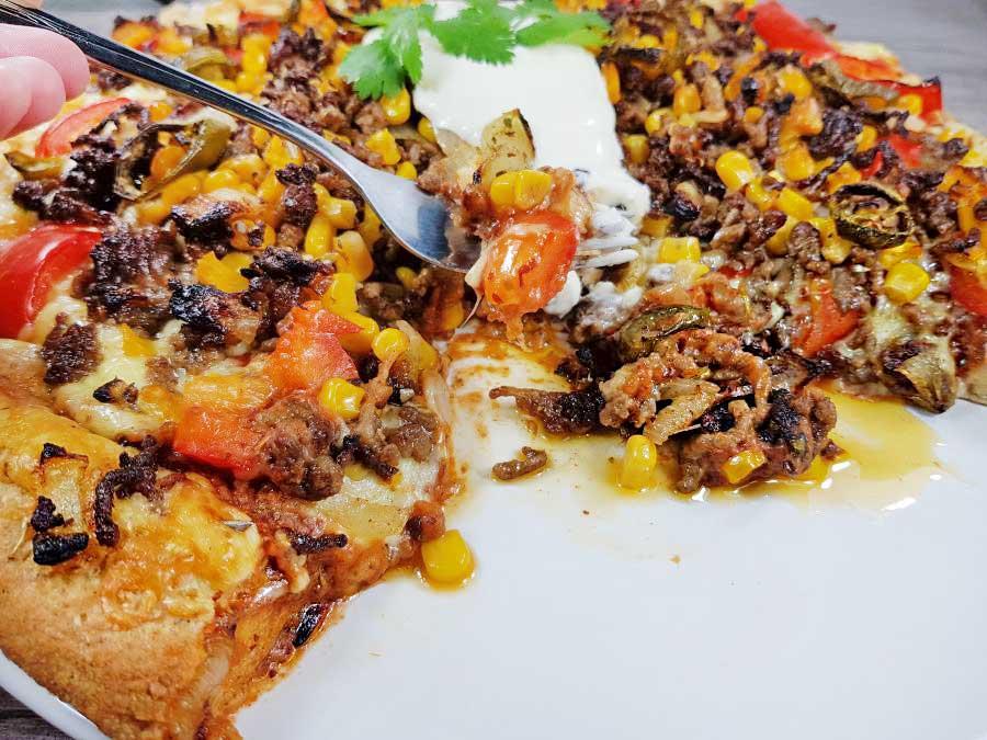 Rezept-Tex-Mex-Hackfleisch-Pizza-Auflauf-mit-Käserand-low-carb-glutenfrei